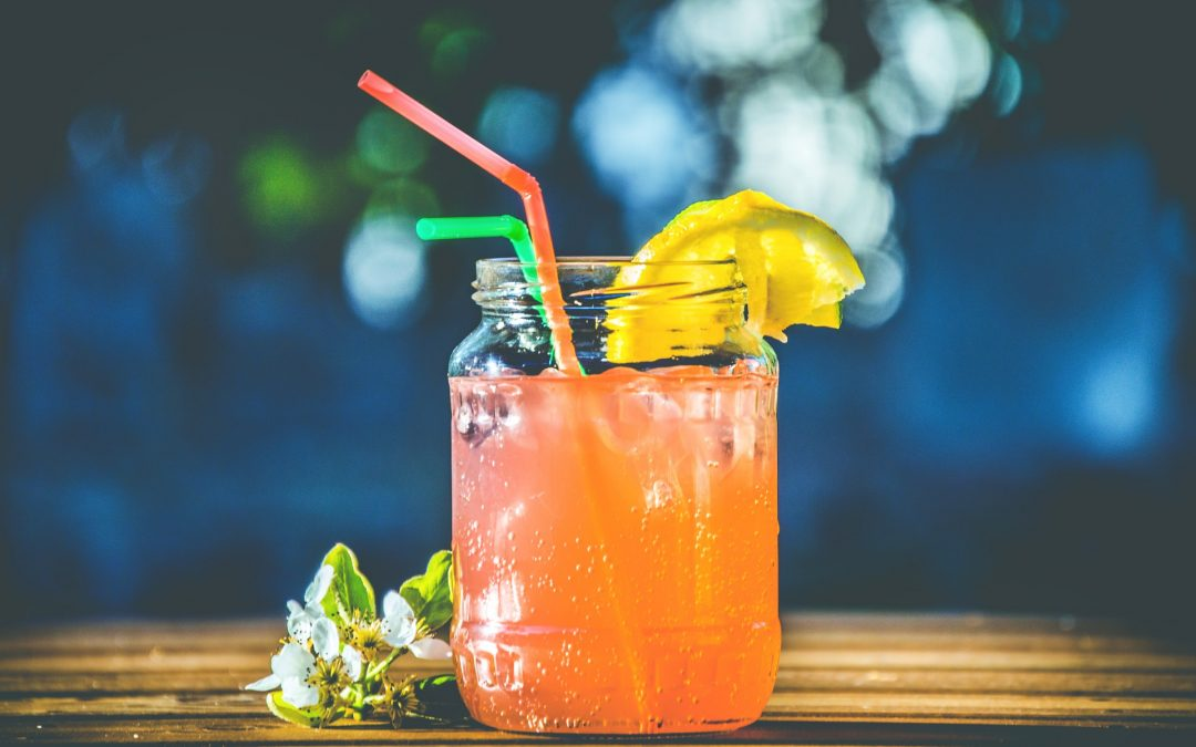 Refreshing Alcohol-Free Summer Drinks!