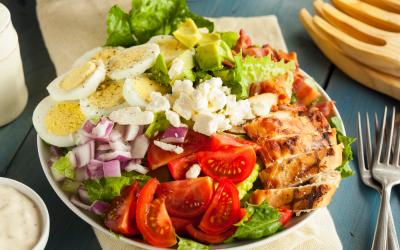 Low-Calorie Cobb Salad